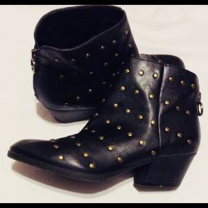 Black Booties with Gold Studs Indigo Rd. Size 7.5